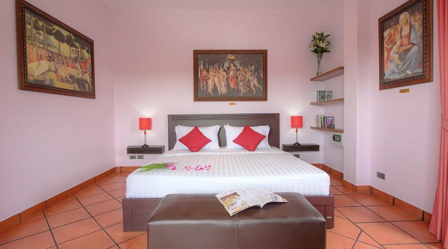 Botticelli Room Penthouse Phuket Hotel 1