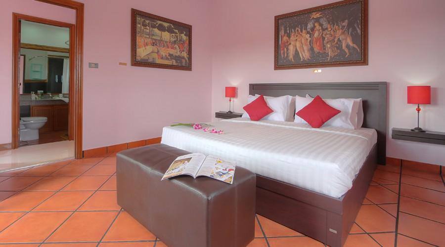 Botticelli Room Penthouse Phuket Hotel 2