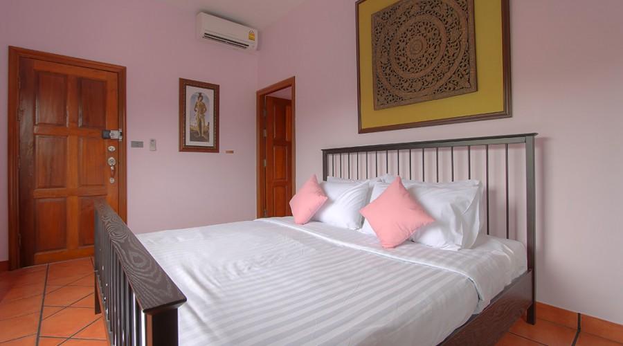 Botticelli Room Penthouse Phuket Hotel 3
