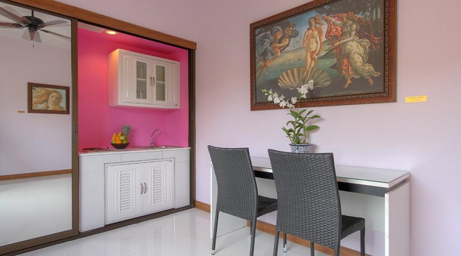 Botticelli Room Penthouse Phuket Hotel 8