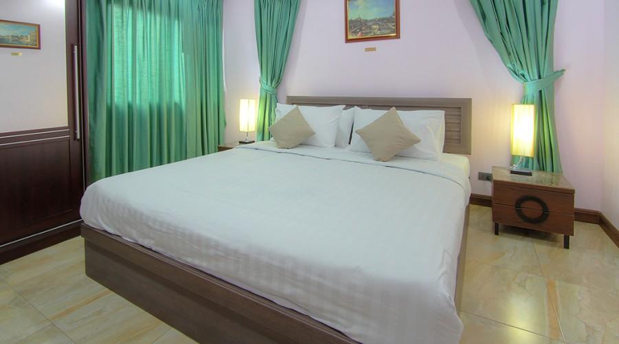 Canaletto Room Penthouse Phuket Hotel 3