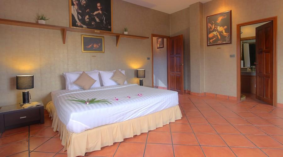 Caravaggio Room Penthouse Phuket Hotel 1