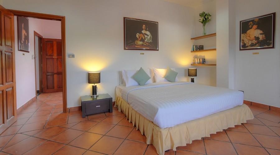 Caravaggio Room Penthouse Phuket Hotel 5