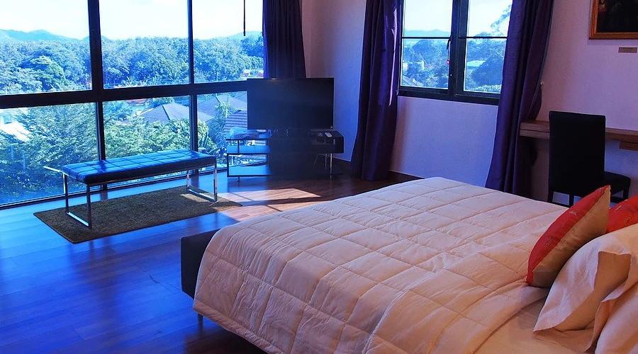 Poussin Room Penthouse Phuket Hotel 1