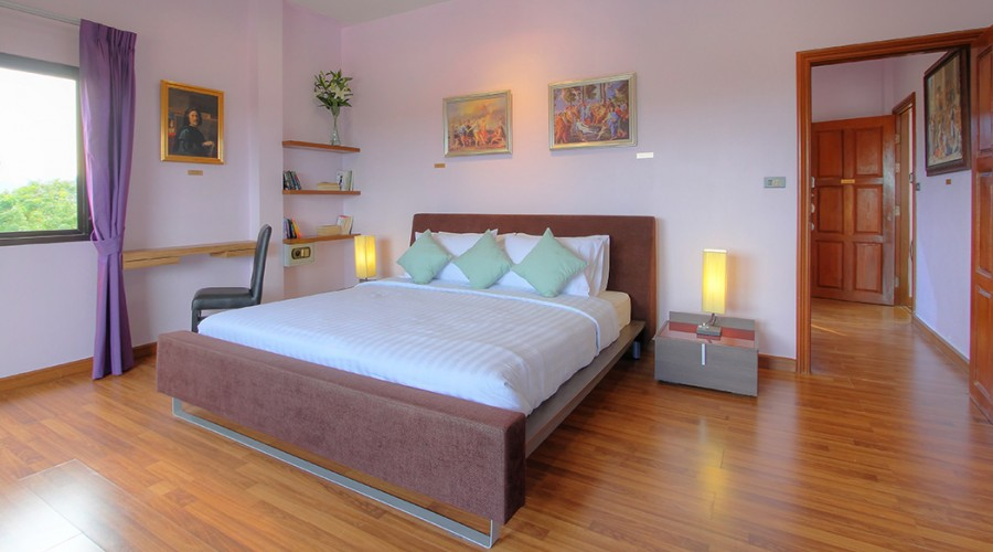Poussin Room Penthouse Phuket Hotel 3